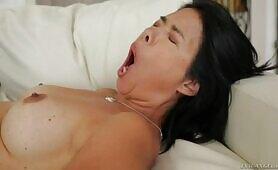 [FameDigital] (Bodacious MILF with big butt Dana Vespoli in orgasmic scene)