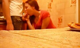 Dude Gets a Sweet and Passionate Blowjob From His Girlfriend