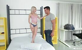 [Mofos] Olivia Sin (Is The Wall Bed Built-In Whore)