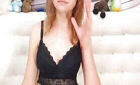 Blonde Babe Dazzles Exposing Sexual Show
