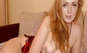 Hot Babe Jerking Her Pussy On Cam