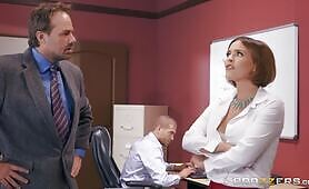 [Brazzers] Krissy Lynn (Sex Addict Secretary Fucks A Colleague In Front Of Her Boss)