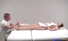 [Massage Rooms] (Hot Massage Turns To Sensual Sex And This Brunette Goddess Loves It)