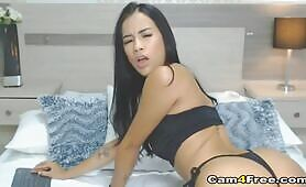 Hot Busty Chick Plays Sweet Pussy