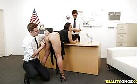 [Reality Kings] Kristall Rush (Russian Double Penetrated By The Airport Security)